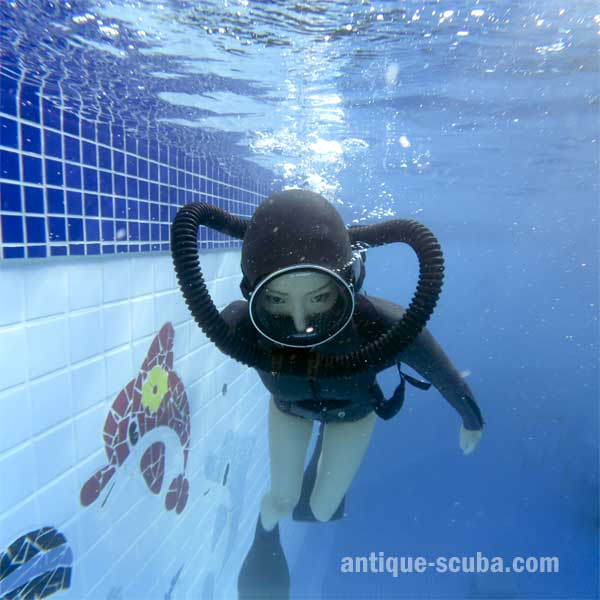 Antique Scuba | Under water Photographer & Scuba Evangelst